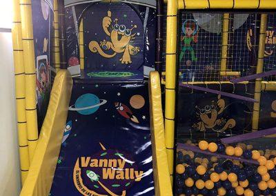 VANNYWALLY2